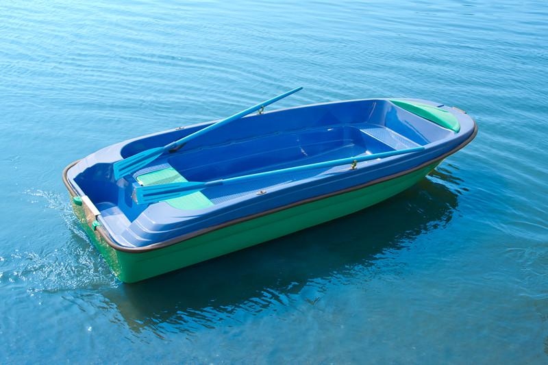 лодка моторная пингвин