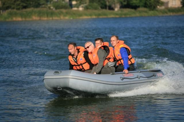 надувные лодки 385