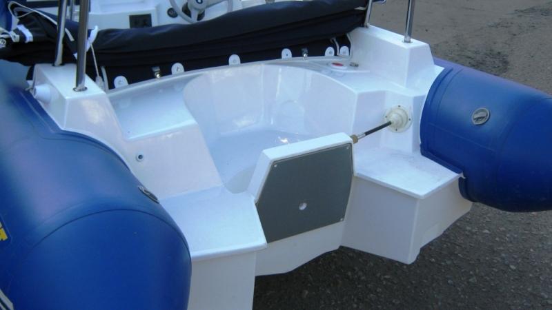 лодка скайбот 460