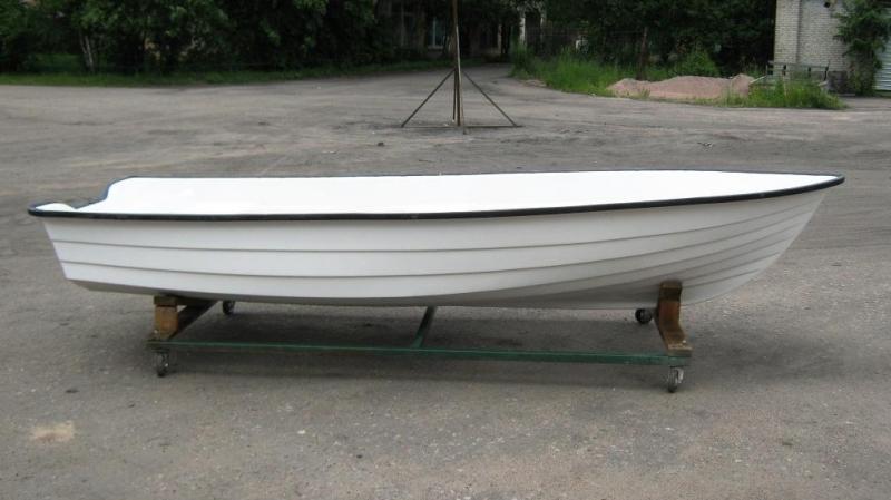 пластиковая лодка skyboat 390